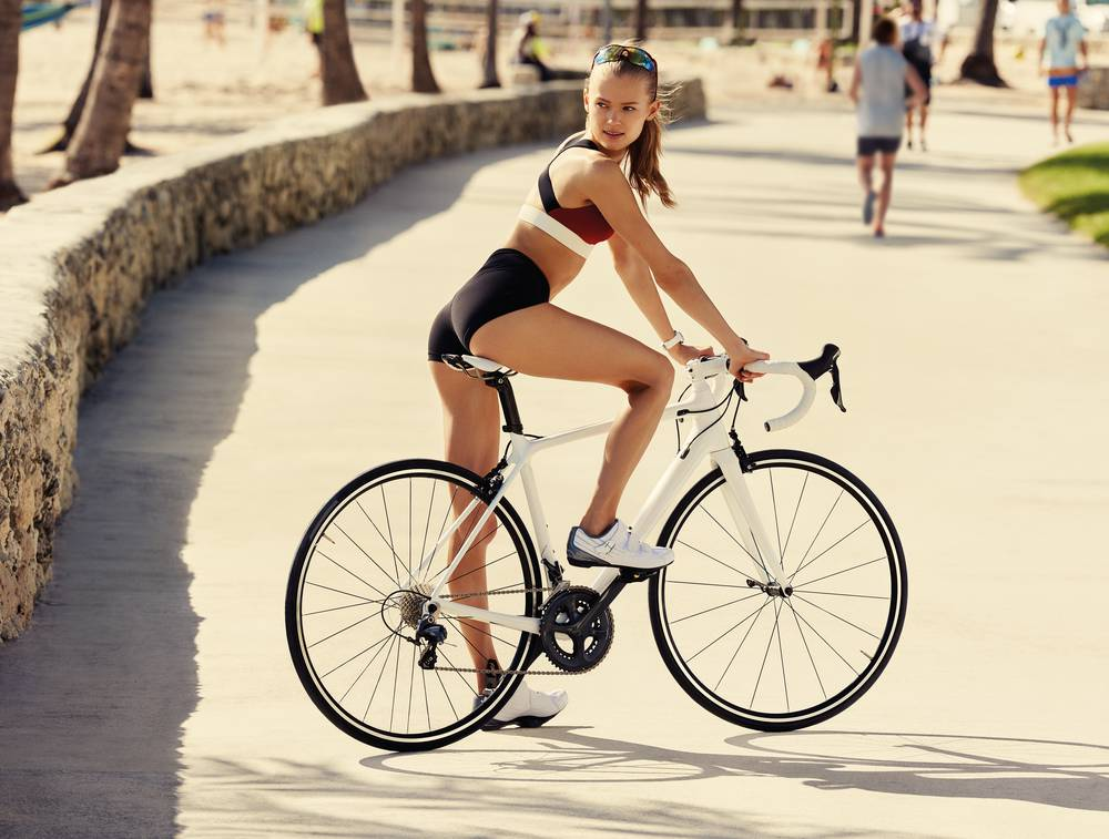 Clarins Body Fit Visual Biking Girl