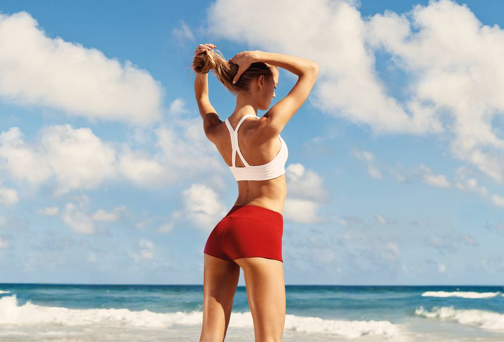 Clarins Body Fit Visual girl from behind