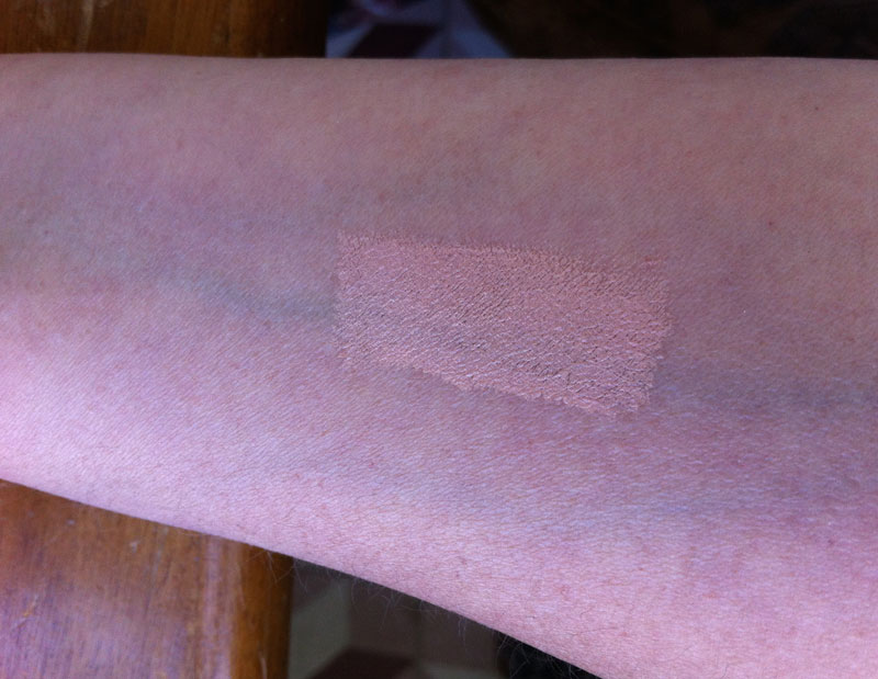 Bobbi-Brown-Concealer-Swatched-on-Hand