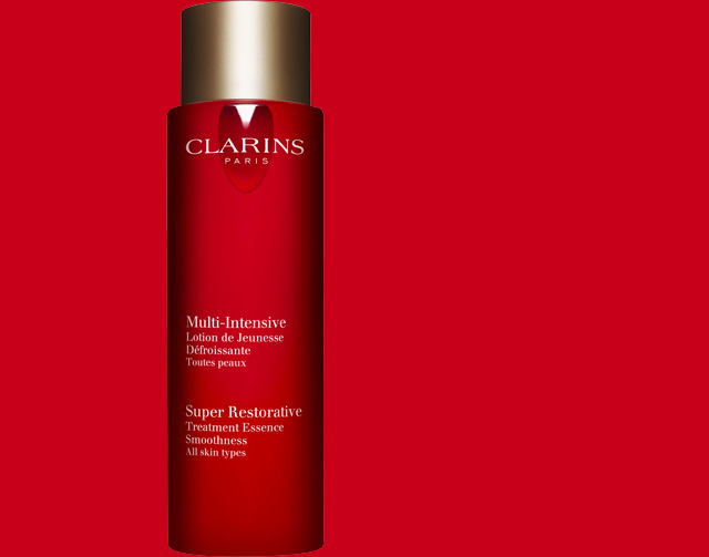 Clarins Super Restorative Treatment Essence banner