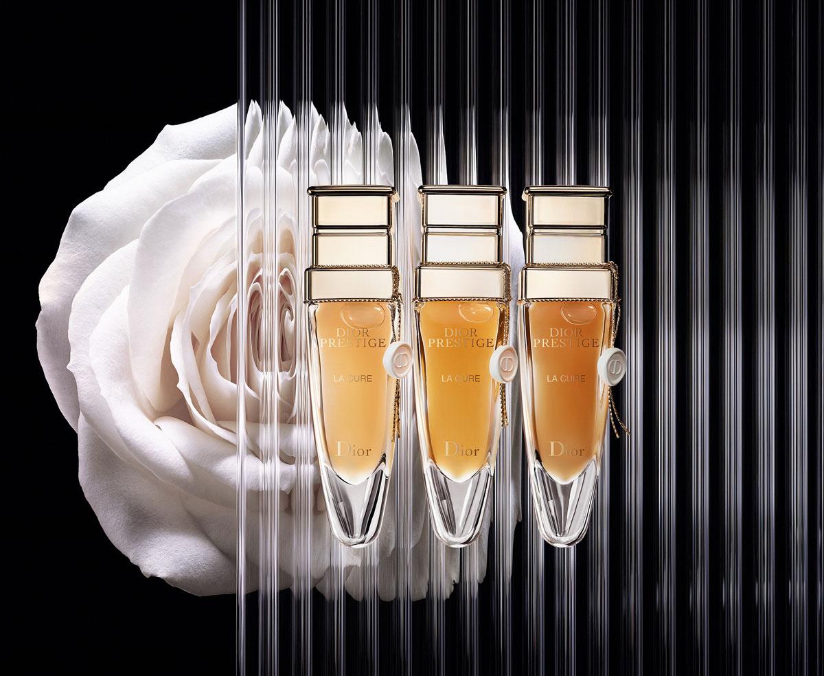 Dior-Prestige-La-Cure-flower