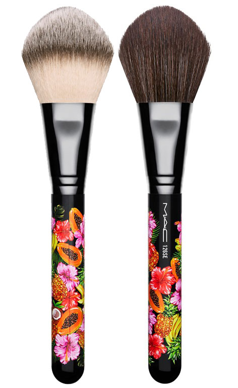 MAC_FruityJuicy_126-Split-Fibre-Large-Face-Brush