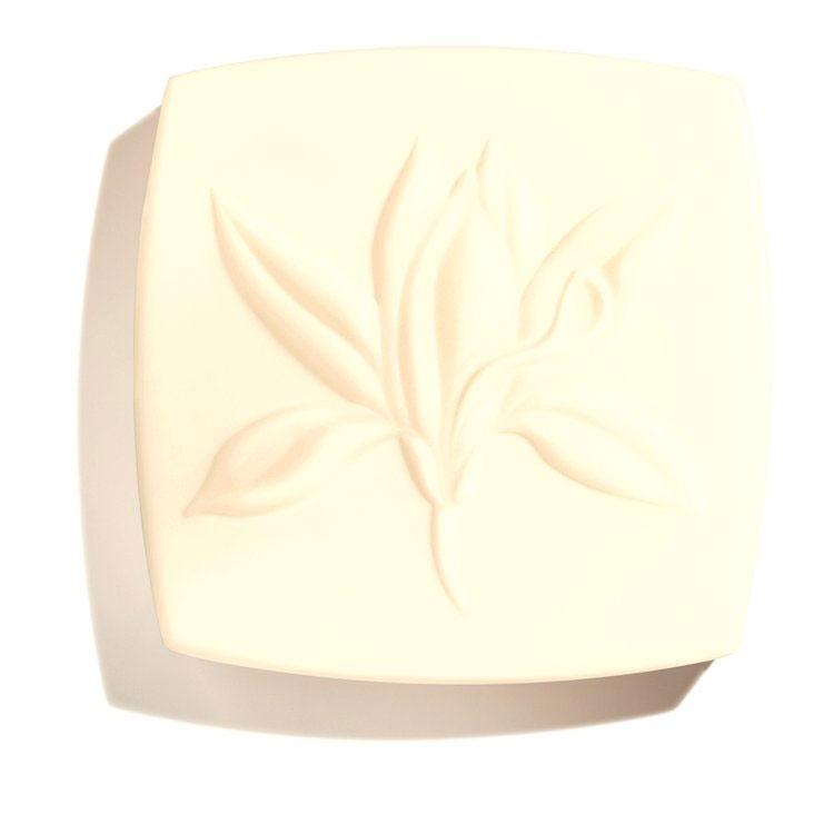 chanel-sublimage-solid-soap