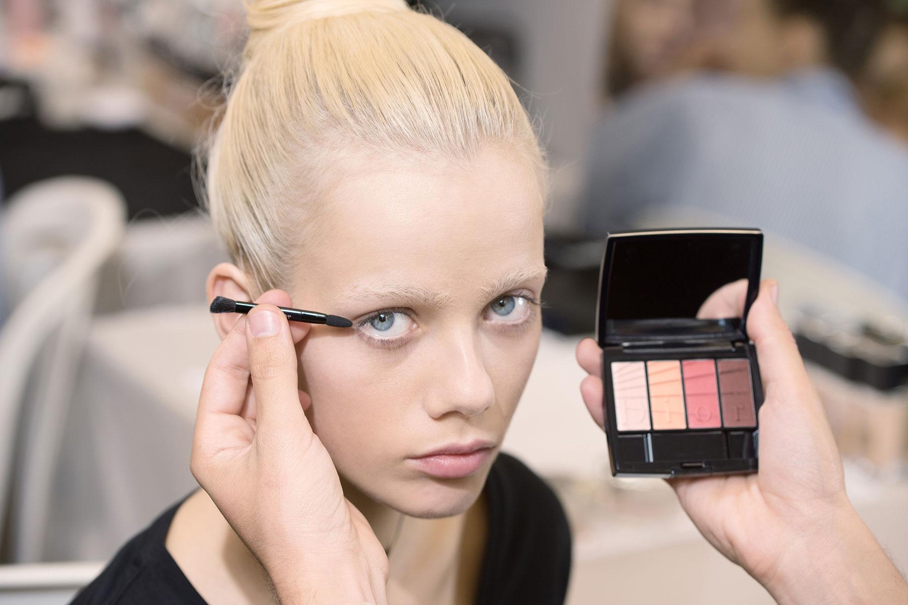 dior-makeup-gradation-eyeshadow-spring-2017