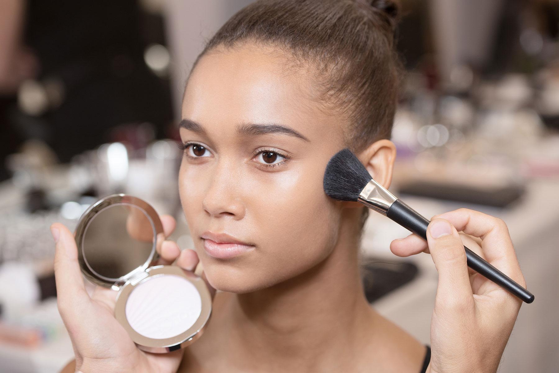 dior-makeup-highlighter-spring-2017